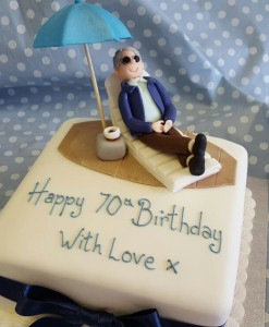 deck chair figure cake