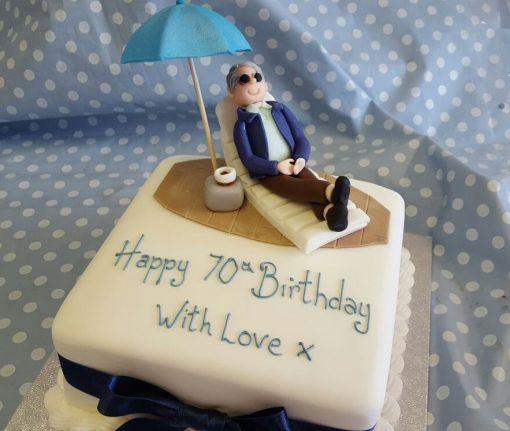 deck chair figure cake
