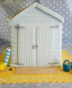 beach-hut-cake