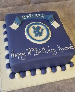 FOOTBALL BADGE AND CAKE