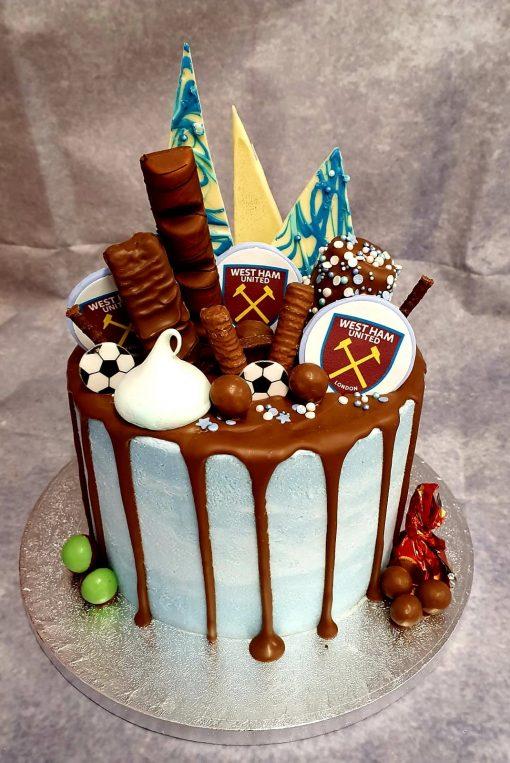 tottenham topper drip cake